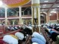 Mufti Menk Leading Isha Salah