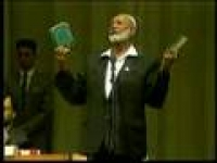 Sheikh Ahmed Deedat In The Spot Light (1/13
