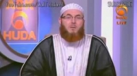 Difference between reading and listening of the Quran - Sheikh Dr. Muhammad Salah