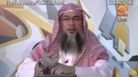 Can I read the Quran from somewhere wile in the salah - Shaykh Assim Al Hakeem