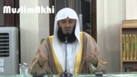 7. A Man Shedding Tears In Remembrance of Allah Alone - Mufti Menk ᴴᴰ